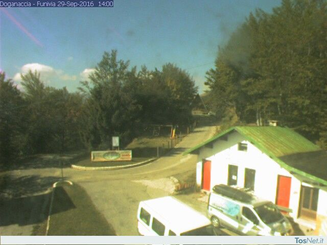 http://www.doganaccia2000.it/webcam/netcam.jpg
